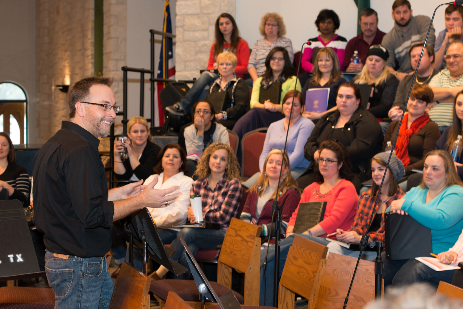 Mike Rosensteel in rehearsal with the Round Rock Community Choir.